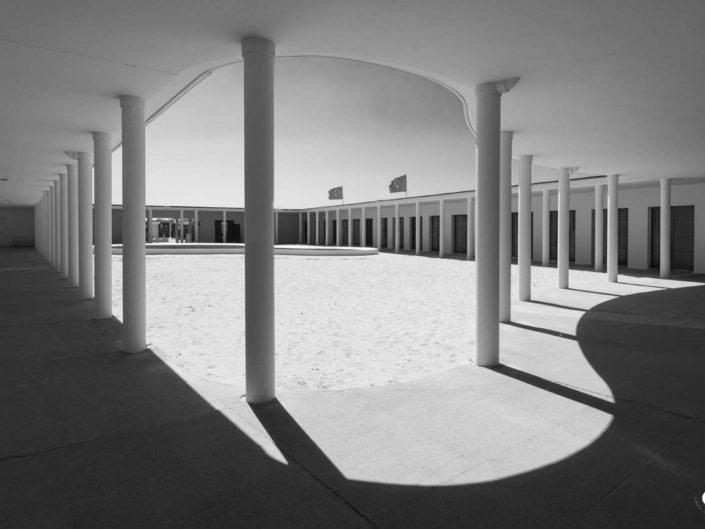 Photos géométriques courbes et verticales Deauville