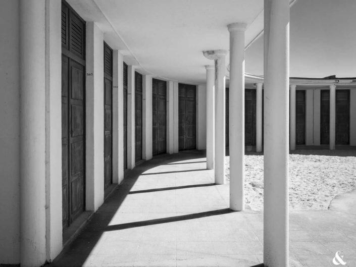 Photos géométriques avec ombre, lumière et verticalité