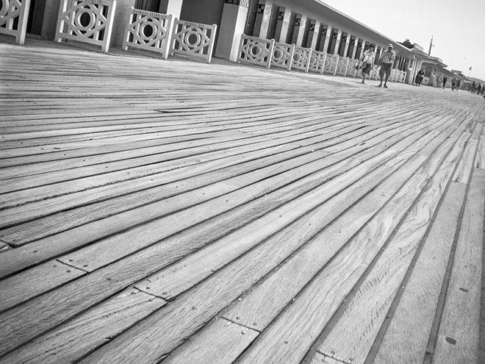 Planches de Deauville, géométrie et ligne de fuite